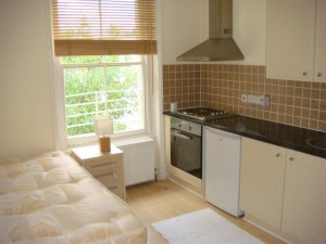 Rent a bedsit in London