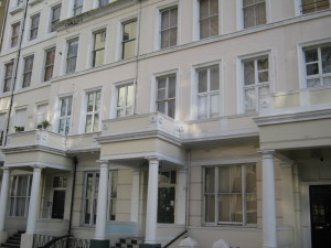 Double studio apartments in Bayswater