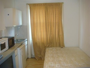 cheap studio in Bayswater
