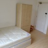 Double bedsit with balcony in Bayswater